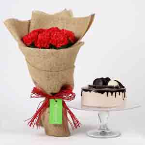 10 Red Carnations & Chocolate Cake